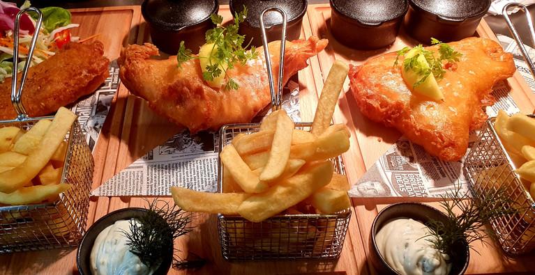 Fish & Chips med hemlagad ölsmet