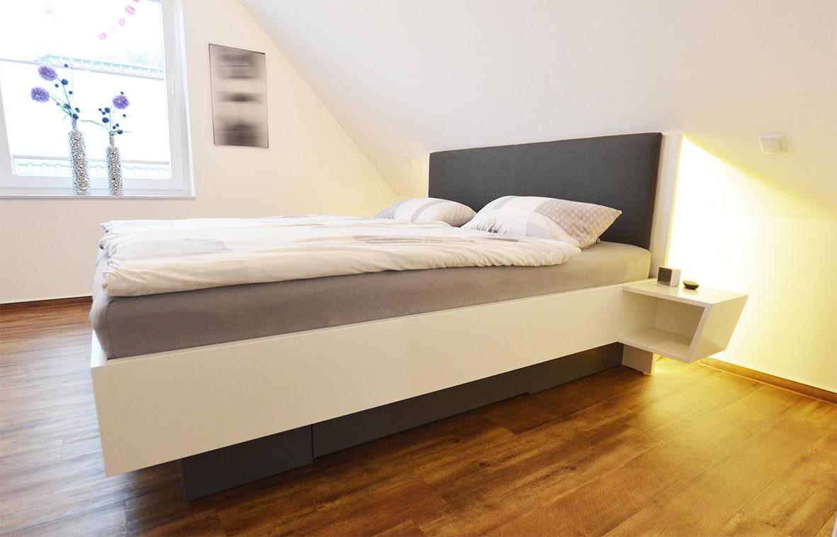 Schlafzimmer mit Akzenten
