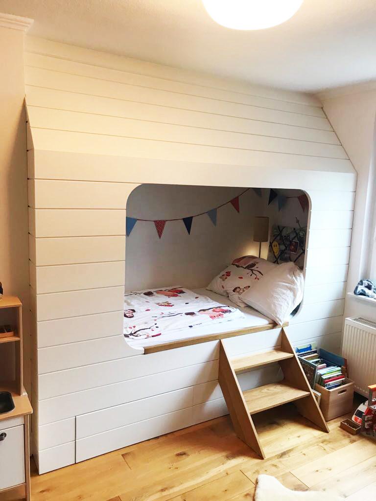 Kinderbett für Höhlenbewohner