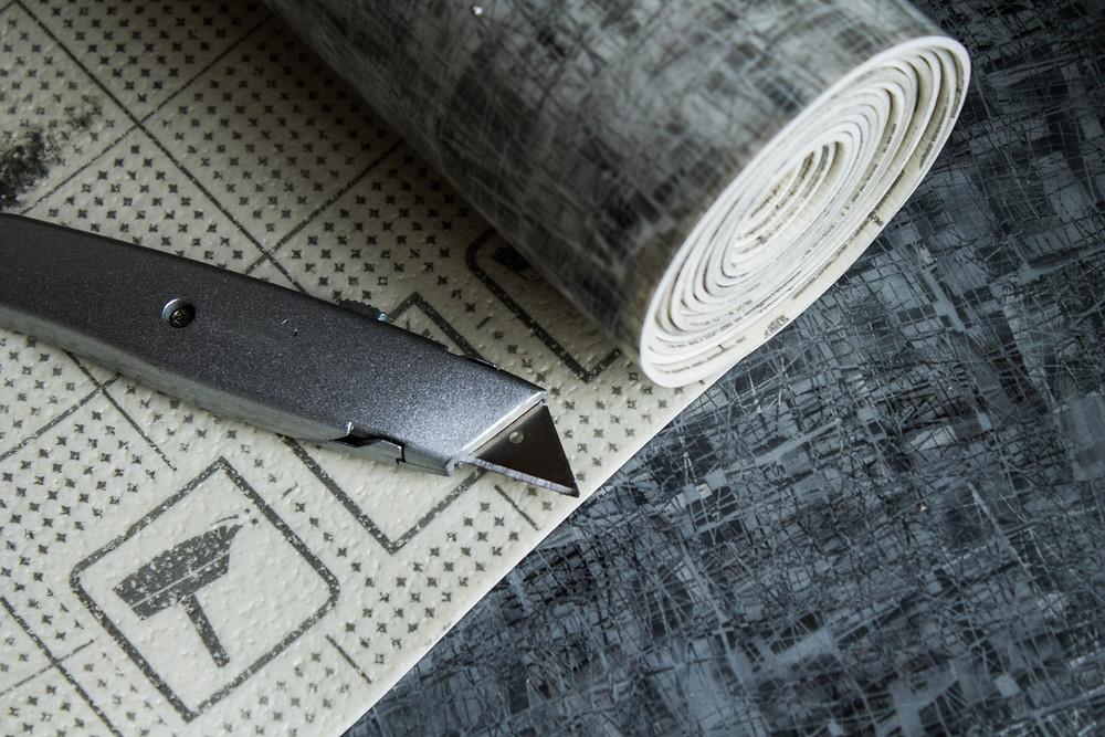 Vinyl flooring on a cardboard tubes