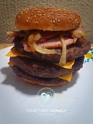 triple bacon burger.jpg