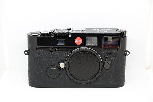 Leica M6 (Black Paint)