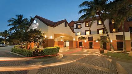 Hyatt-House-Miami-Airport-P040-Exterior.