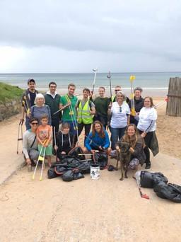 Beach clean with Kiko Matthews - getting started