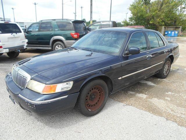 1999 Mercury Grand Marquis GS.jpg