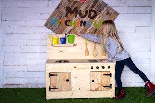 Dorrie Mud Kitchen