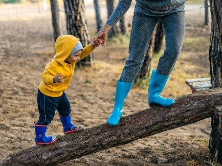 4 outdoor sensory activities to try with your kids this half term