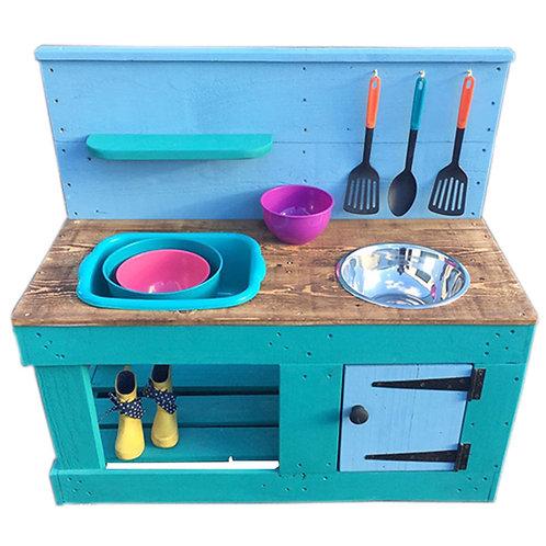 Bertie Mud Kitchen