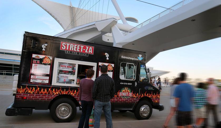 Streetza Pizza Milwaukee WI
