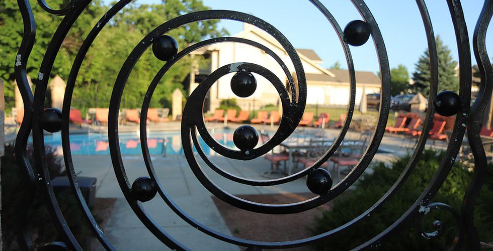 OakCreekSwimmingPoolSpringbrookCercle.jp