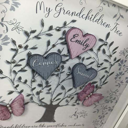Pink and grey grandchildren tree