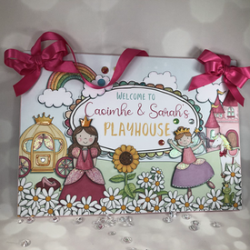 Bespoke play house sign