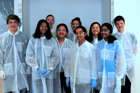 STEM Pathways Hosts First High School Summer Training in Synthetic Biology