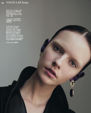 Vogue Czechoslovakia December 2019