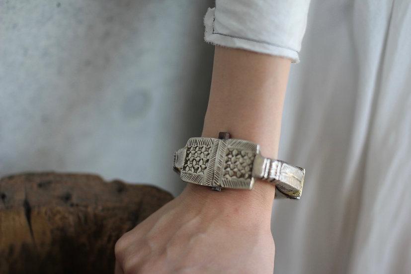 Old afghan bracelet 2-VINTAGE ITEAM