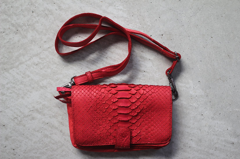 CP TRAVEL POUCH S-Python leather