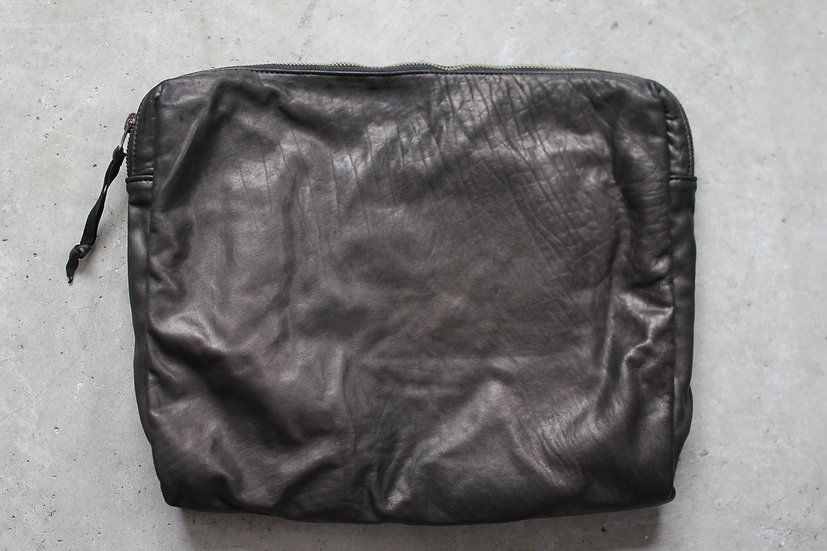 CP TRAVEL POUCH L