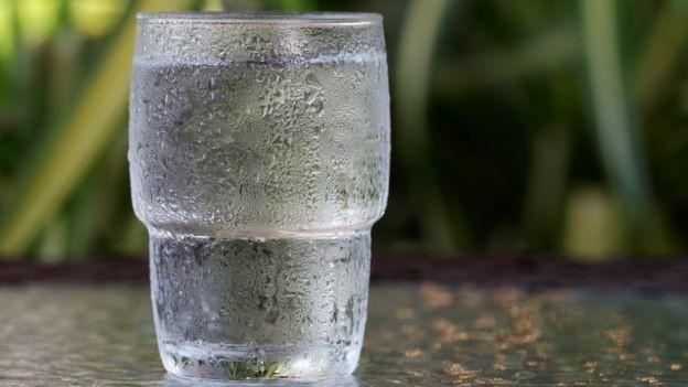 น้ำในถังน้ำมัน