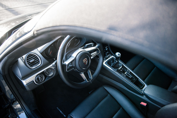 Porsche 718 Cabrio (29).jpg