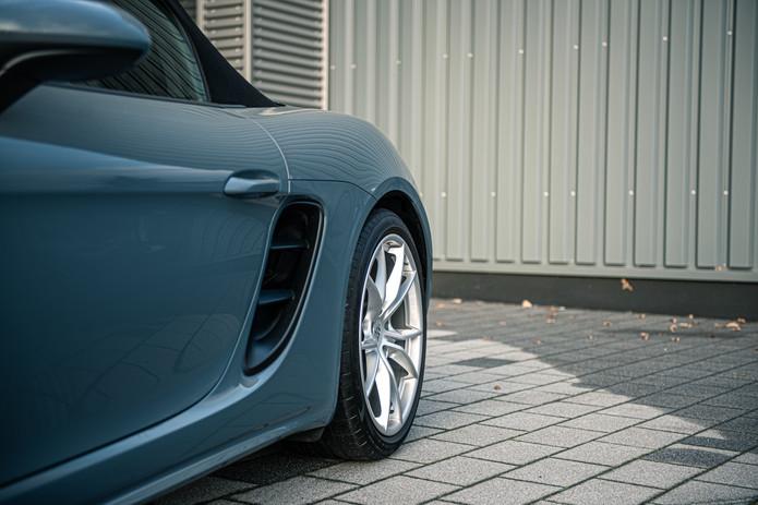 Porsche 718 Cabrio (2).jpg