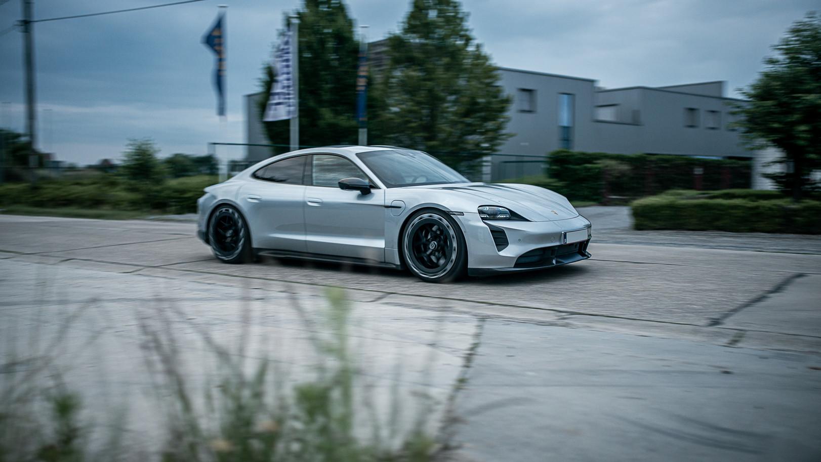 BSA Porsche Taycan (66).jpg
