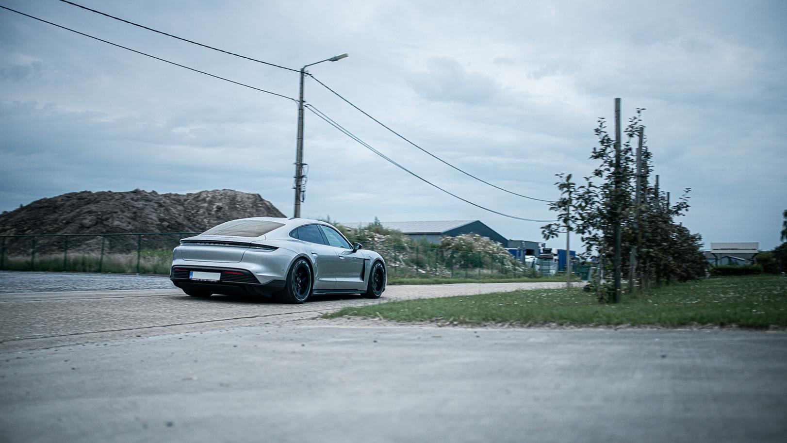 BSA Porsche Taycan (67).jpg