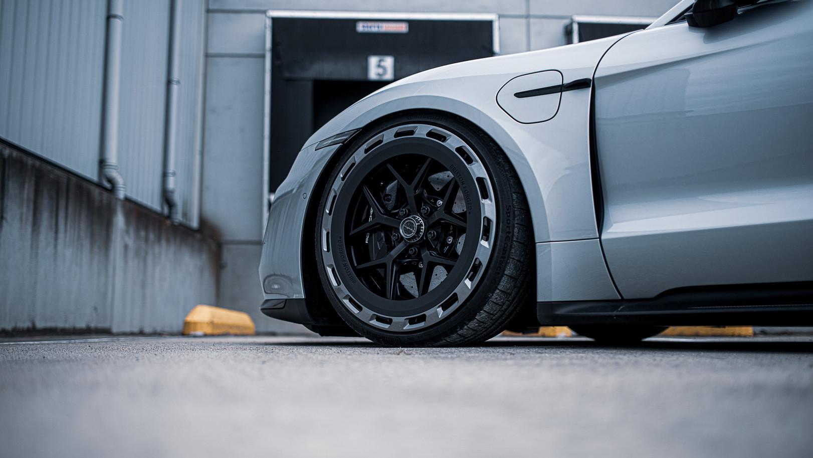 BSA Porsche Taycan (29).jpg