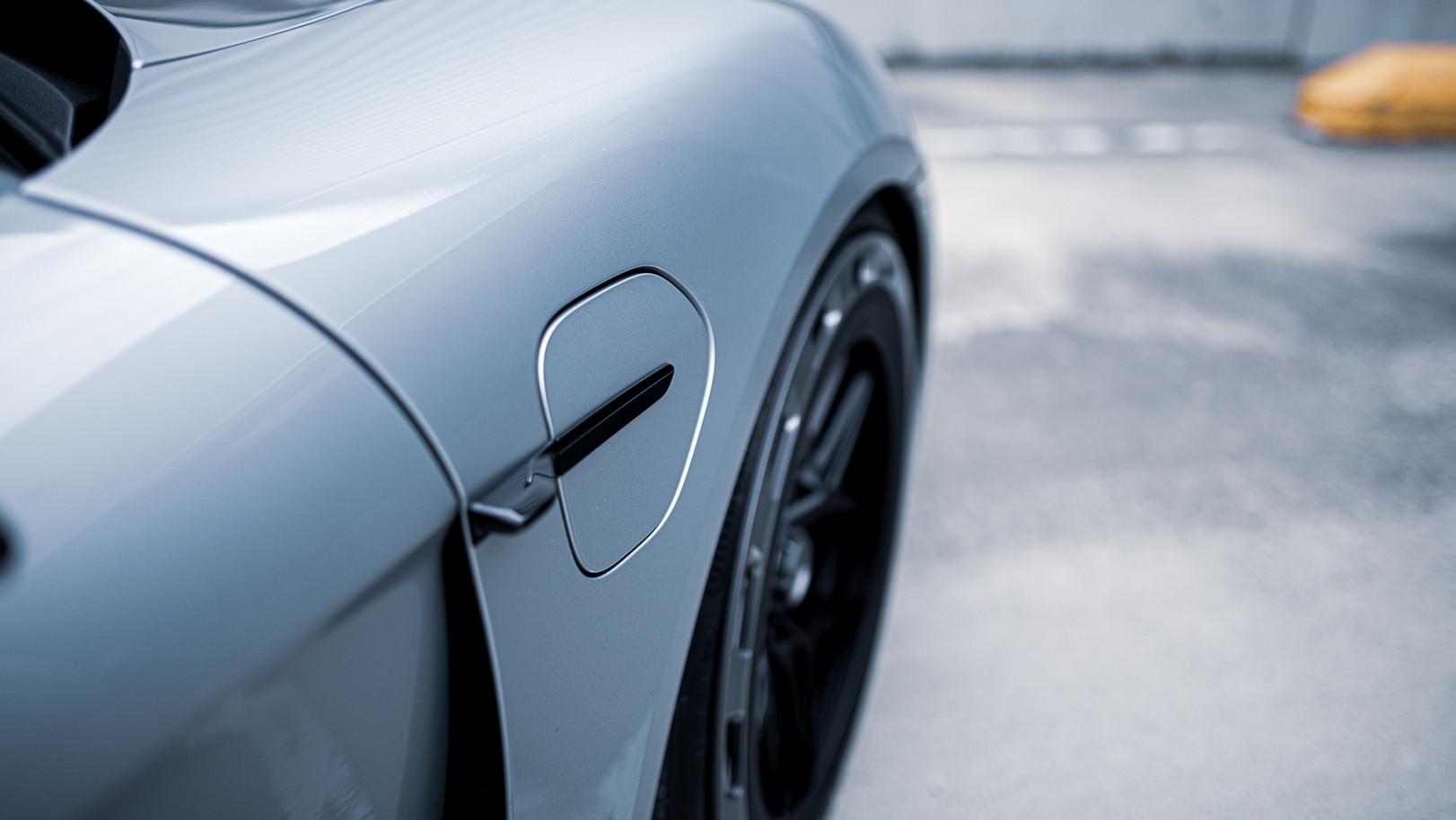BSA Porsche Taycan (21).jpg