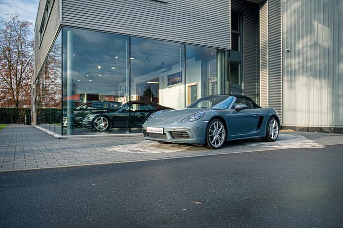 Porsche 718 Cabrio (5).jpg