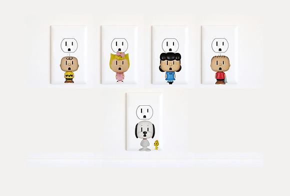 Peanuts - Snoopy - Woodstock - Charlie Brown - Sally - Lucy - Linus