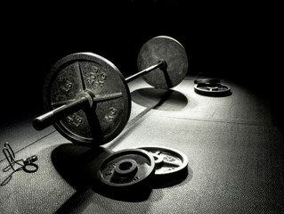 The Straight Bar Deadlift is NOT the same as the Trap Bar Deadlift
