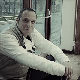 Daniel Sosnov   1973 - 2021