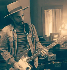 Guitar player in a hat