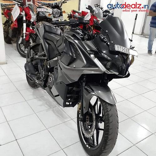 Bajaj Pulsar RS 200 ABS