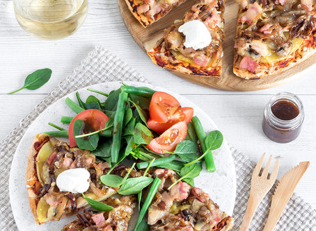 COUNTRY-STYLE PIZZAS