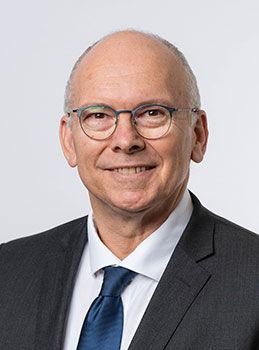 Minister-Pisoni.jpg