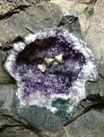 Pedra bruta - Ametista