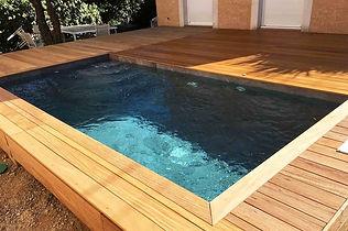 terrasse piscine nîmes