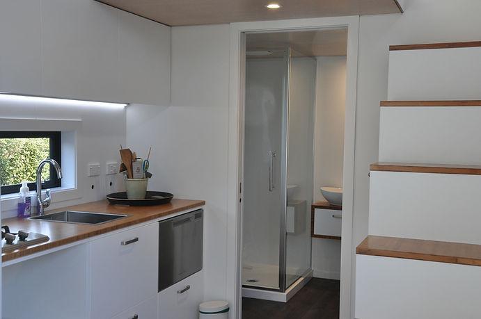 the ASTON 3 kitchen by miHAUS