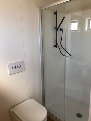 Icon Shower.jpg