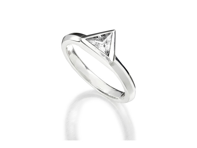 'Stellar' trillion cut ring