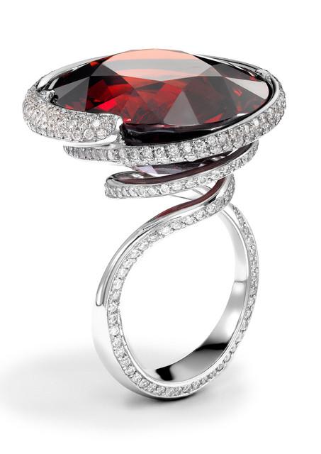 47ct Spessartite garnet and platinum ring with1.98cts pave diamonds