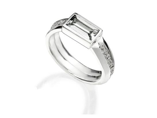 'Stellar' double baguette ring