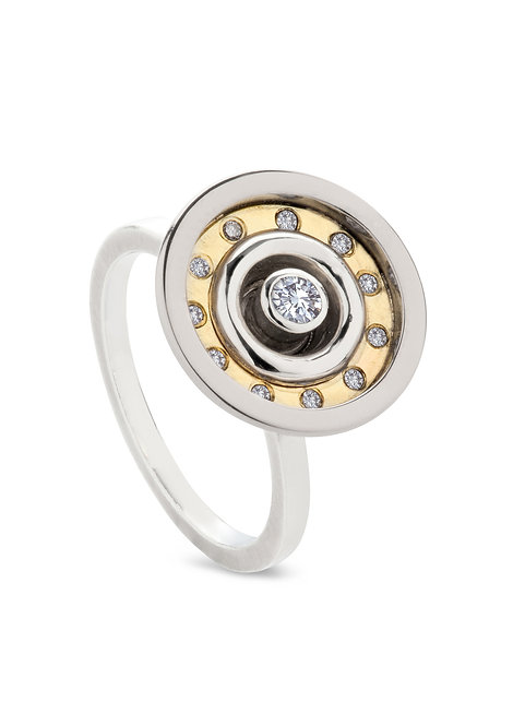 'Sacred' spin top ring