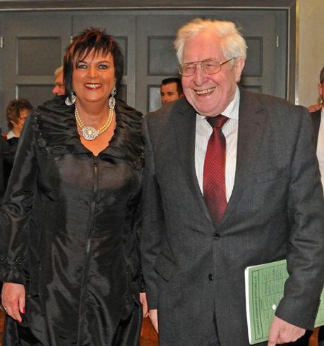Sibylle Abel , Dr. Bernhardt Vogel
