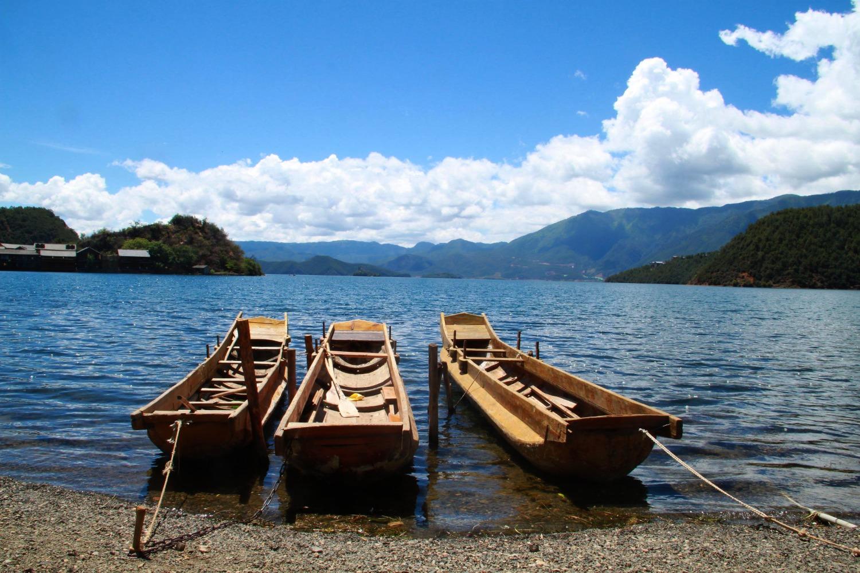 אגם לוגו -ח'ו