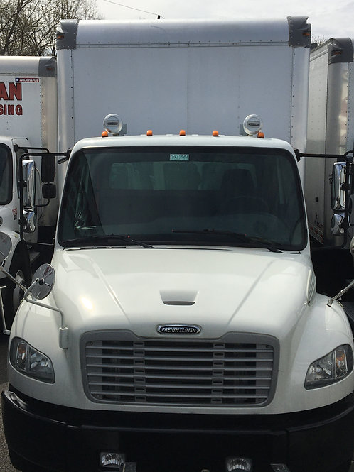 """2014 Freightliner M2-106 26"""" Box with Liftgate"""