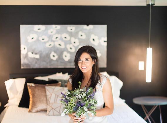 Cliffside Retreat @whiteravenvenue - gorgeous bride