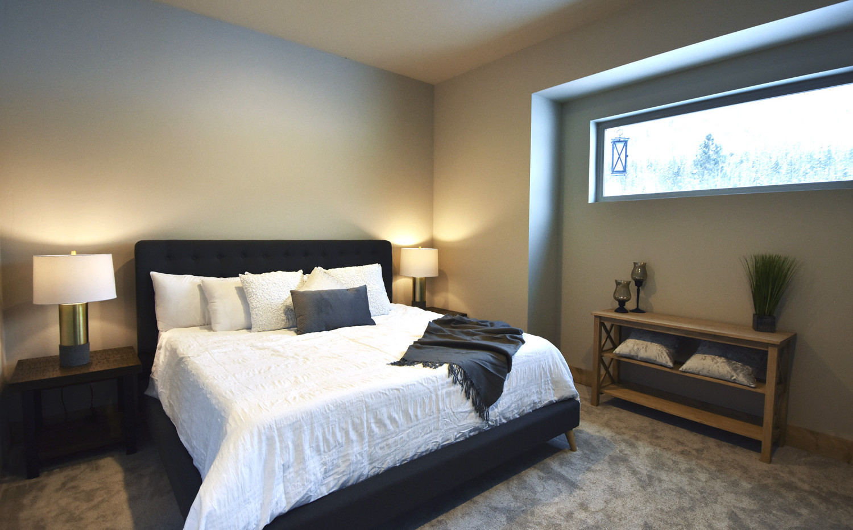 The Driftside Retreat @whiteravenvenue - Bedroom
