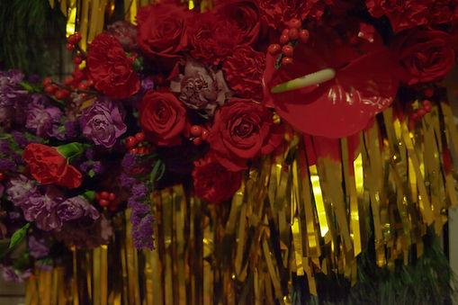 floral installation xmas tinsel berlin